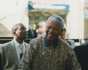 Nelson_Mandela,_2000_(4)