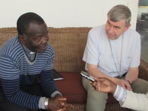 Mgr Victor Bagna Mossa et Mgr Pascal Delannoy