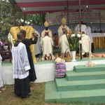 ordination-au-diocese-dowando-presidee-par-mgr-pascal-delannoy2