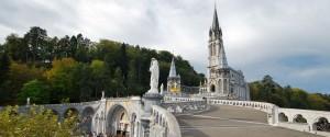 Vacances atypiques : Basilique de Lourdes