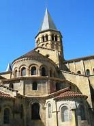 Vacances atypiques ; basilique de Paray-le-Monial