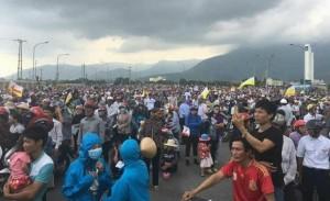 Vietnam catastrophe écologique : Manifestation de la population victime de la pollution générée par les rejets de Formosa Plastics