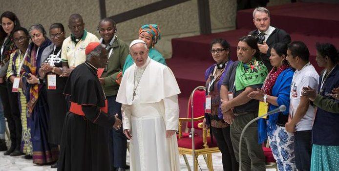 Le pape François lors d'une rencontre des mouvements populaires