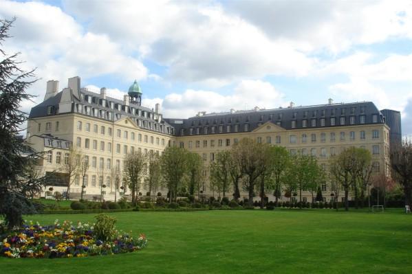 Missions Etrangères de Paris : revisiter la mission