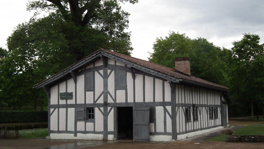 Prêtres venus d'ailleurs : maison natale de Saint Vincent de Paul