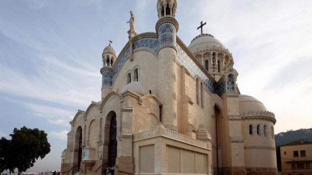 Alger : Basilique Notre Dame d'Afrique de Mgr P. Desfarges, nouveau président de la CERNA.