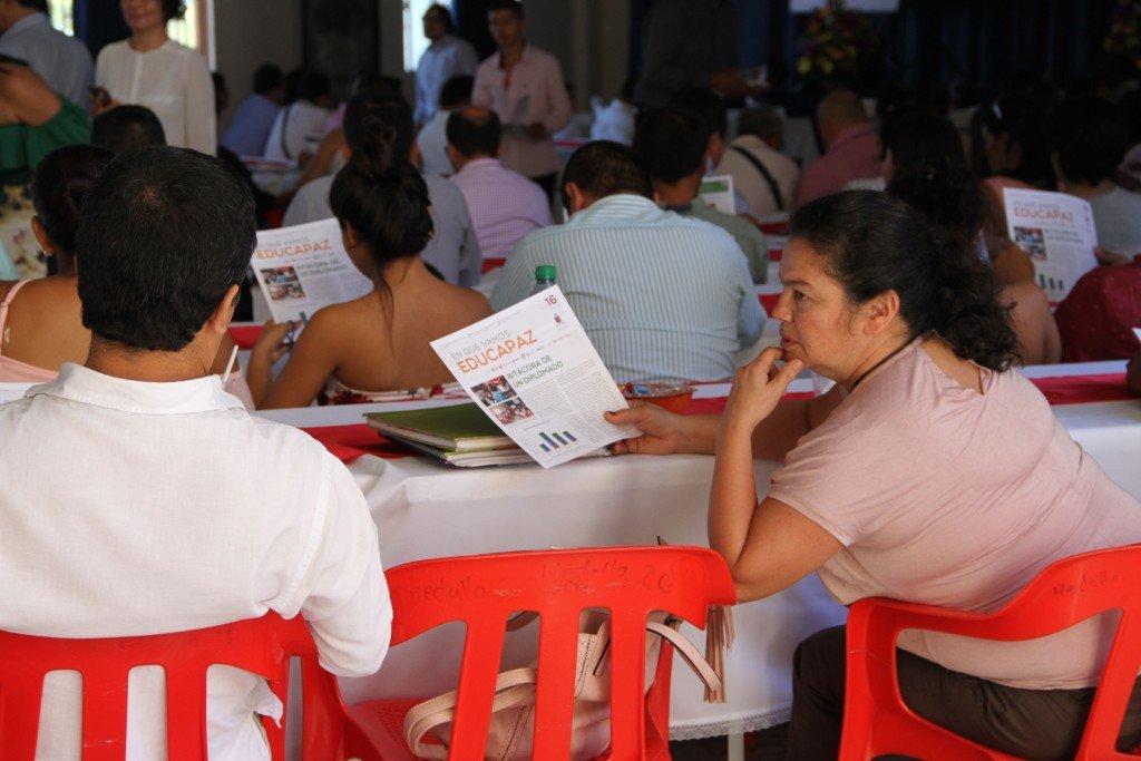 Colombie : la paix passe aussi par l'éducation. Educapaz : Remise des diplômes à Tolima