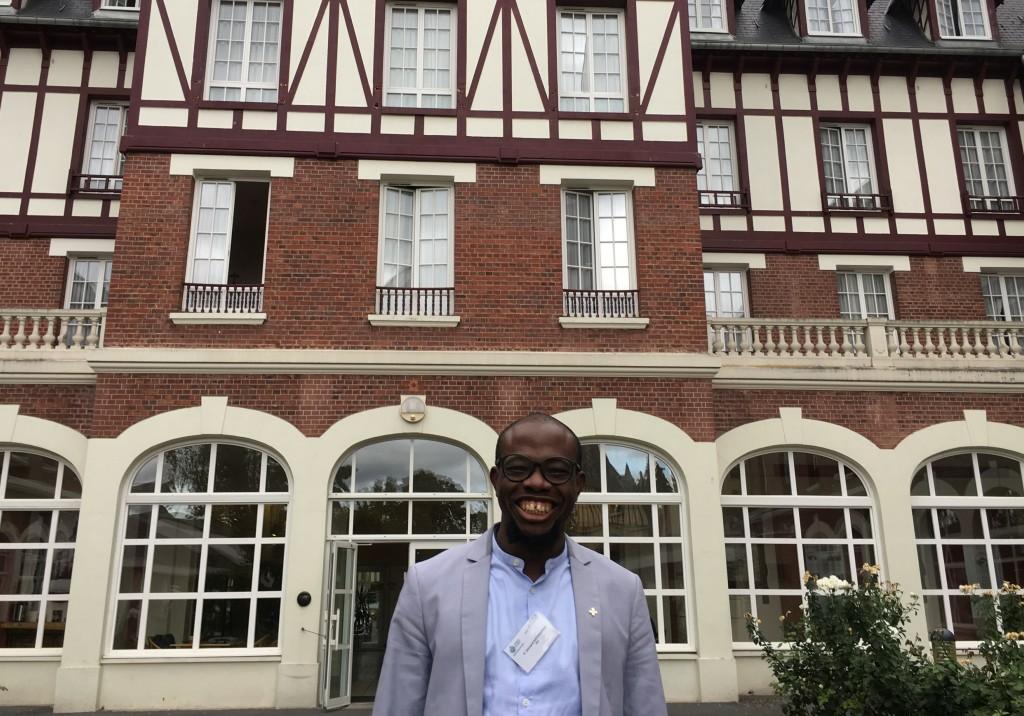 Léonard Katchekpelé à l'Ermitage Saintez-Thérèse de Lisieux pendant l'université d'été en août 2018