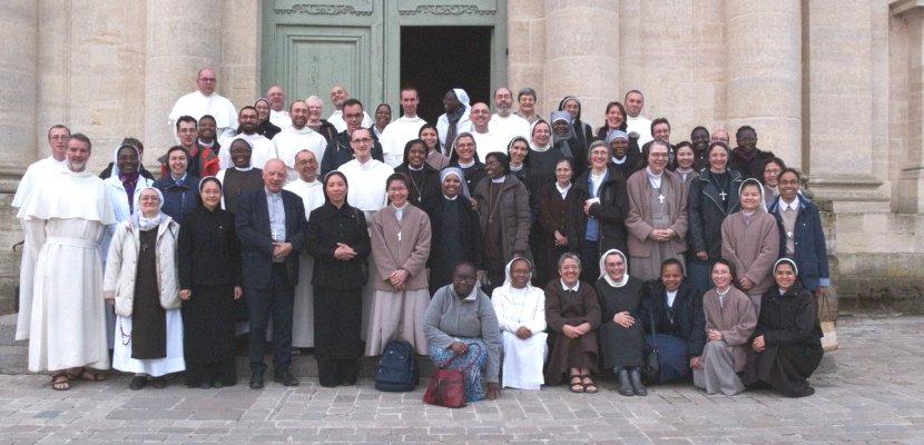Rencontre des religieuses et religieux de moins de 55 ans