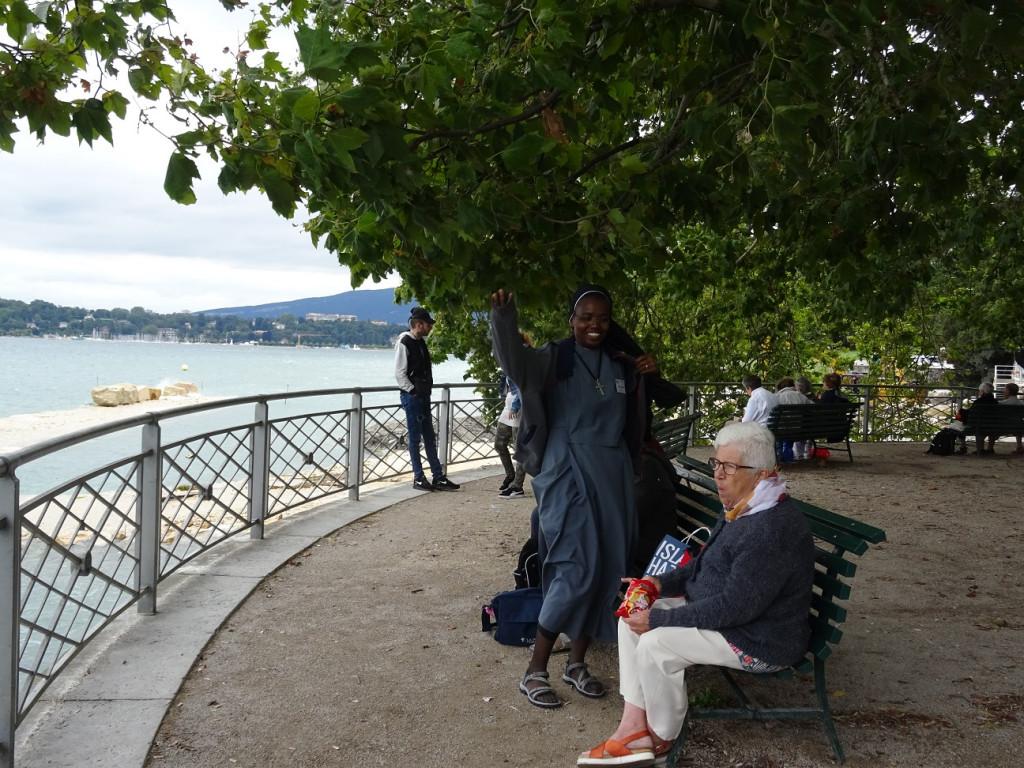 12-Face-au-lac_Geneve