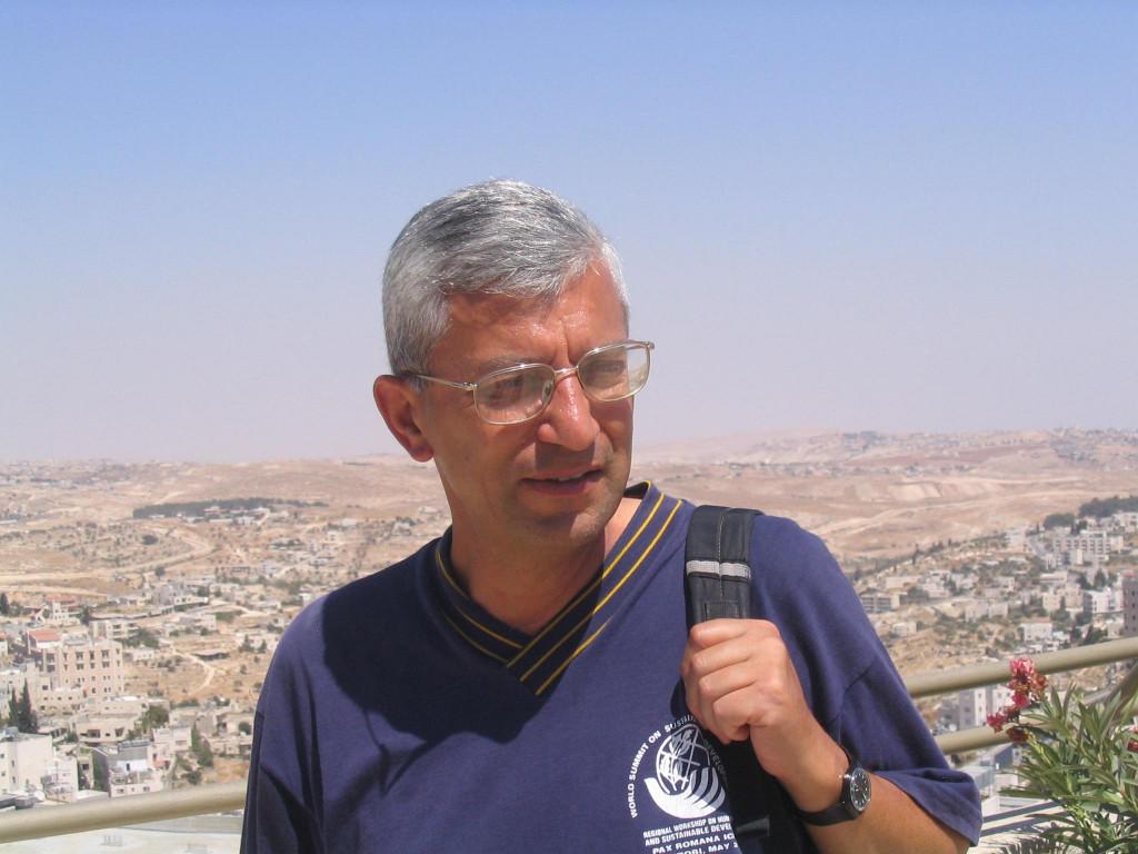 Bonne route ! P. Antoine Sondag à Jérusalem.