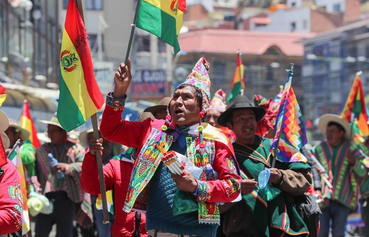 Comprendre la crise politique bolivienne. Manifestation de partisans d'Evo Morales, président bolivien démissionnaire.