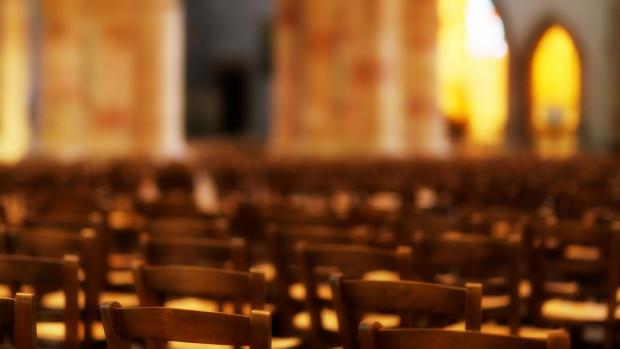 2020.04.07_Église-déconnectée_pixabay_jplenio