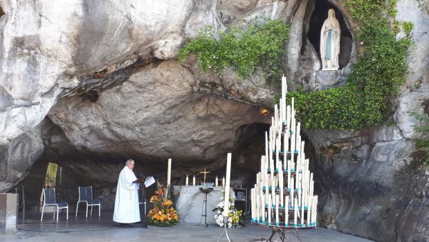 2020.04.21_Lourdes-Grotte